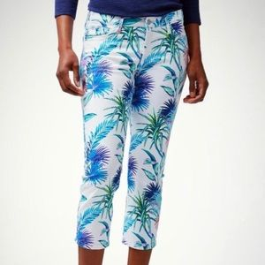 Tommy Bahama Fronds Ferdinand Floral Crop Jeans